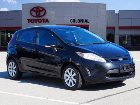 Pre-Owned 2013 Ford Fiesta SE FWD SE 4dr Hatchback